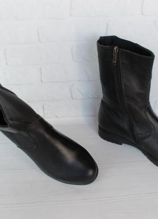 Демисезонные кожаные ботильоны, ботинки, полусапожки 38 размер...