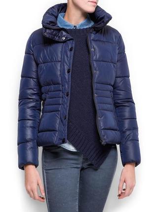 Теплая темно синяя куртка анорак  mango