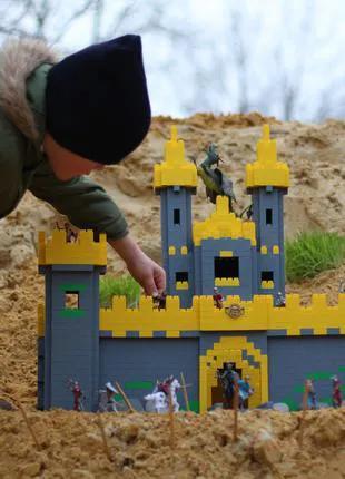 Типа Лего. Конструктор развивающий блочный пластиковые кирпичики