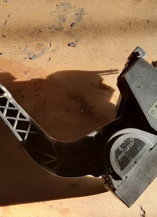 педаль газа cdi sprinter A9013000404 (мерседес спринтер) 95-06 р