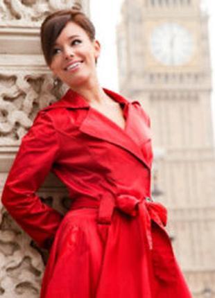 Красный шелковый дизайнерский плащ, тренч, тренчкот, из натура...