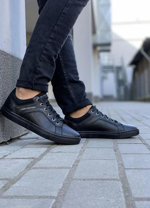 Tommy hilfiger black мужские кеды/кроссовки томми