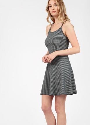 Новое платье select размер л
