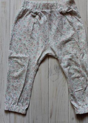 Красивые штанишки с бантиками f&f 12-18 мес