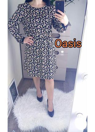 Oasis платье в цветочный принт с длинным рукавом