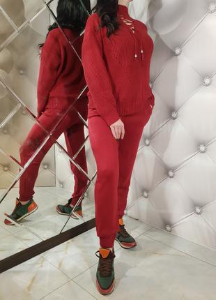 Женский мягкий красный вязаный костюм 1240