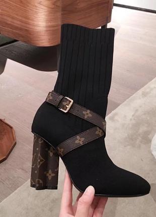 🔥женские демисезонные сапоги ботинки на каблуке 🔥