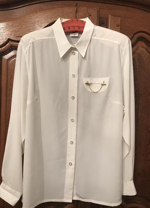Белая, нарядная блузка-рубашка