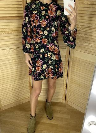 Платье из вискозы в цветочный принт mango