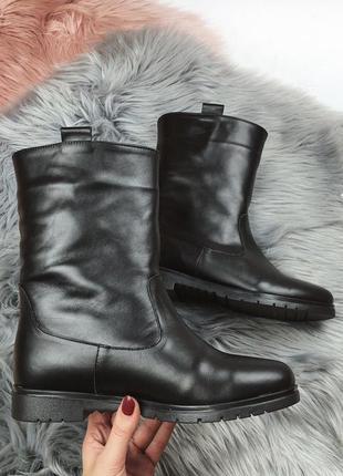 Новые женские зимние черные кожаные ботинки полусапожки