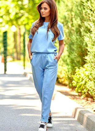 Костюм футболка + брюки голубой