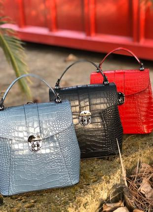 Кожаые сумки-рюкзаки италия