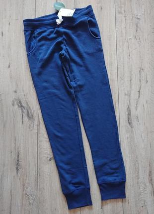 Спортивные штаны с начесом h&m  11-12 лет