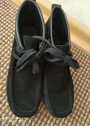 Класні ботиночки з натуральної замші і шкіри zara