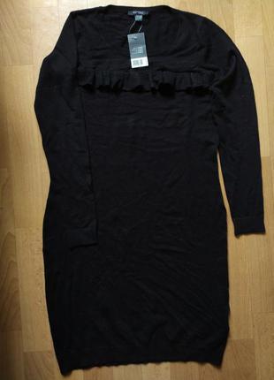 Классное вязаное платье с воланом на груди esmara размер s+