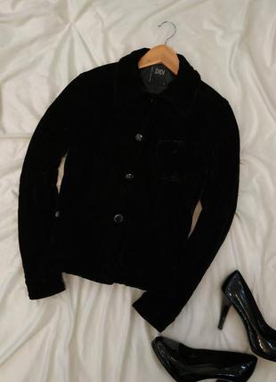 Велюровая куртка на подкладке (-50% на 2 вещь или обувь)