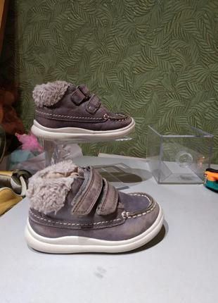 Демисезонные ботинки для девочки замшевые 20р