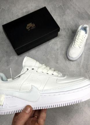Шикарные белые женские кроссовки nike air force jester