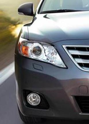 Стекло фары Toyota Camry 40  45 2009-11. Рестайлинг
