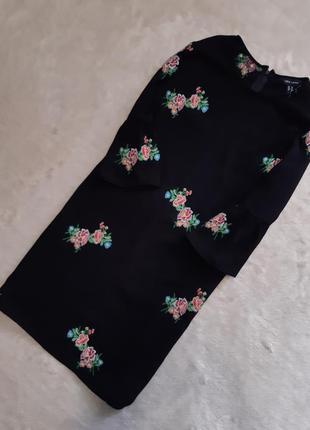 Платье с вышивкой размер 10-12 new look