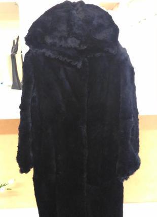 Шикарная шуба большого размера с капюшоном