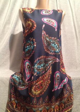 Красивое платье мини с принтом.1151