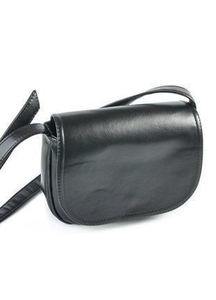 Маленькая сумка через плечо молодежная глянцевая черная