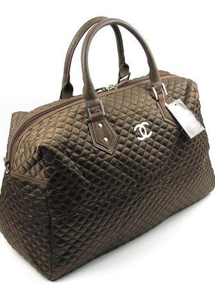 Коричневая дорожная сумка саквояж стеганая женская большая на ...
