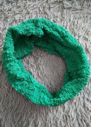 Шарф,хомут в зеленом цвете