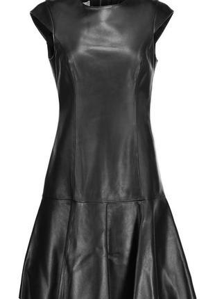 Черное платье с эко кожи