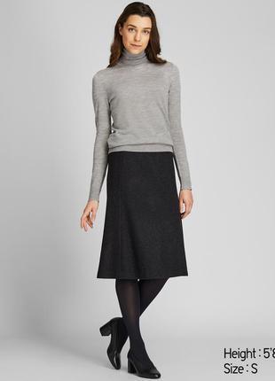 Мягкий теплый женский свитер водолазка с шерсти мериноса uniqlo
