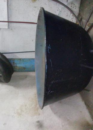 Чан-ємність з тістоміса використовувася для шиномонтажних робіт