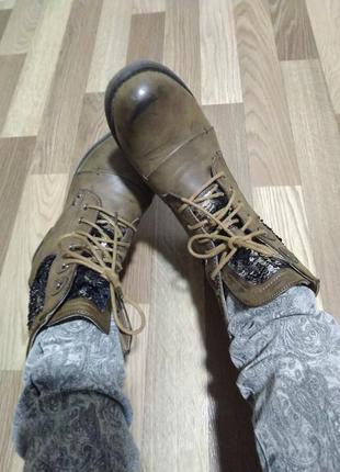 Демисезонные ботинки. сапожки 37-38