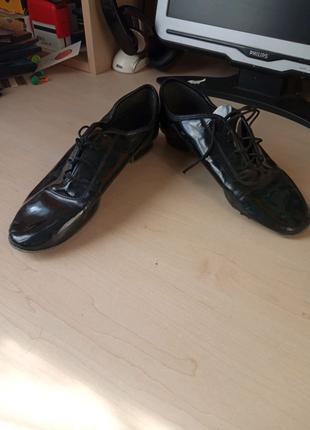 Продам туфли для стандарта
