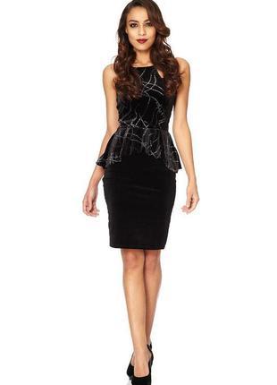 Вечернее шикарное бархатное платье миди длины с баской