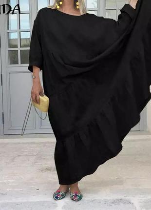Женское платье чёрного цвета