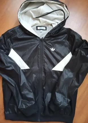 Ветровка Adidas ,бренд