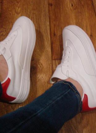 Стильные женские белые кроссовки, кеды, мокасины