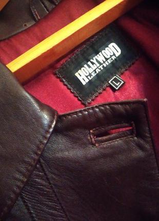 Кожаный плащ-пальто на подкладке с синтепоном.