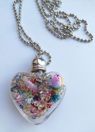 Кулон сердце с камнями на цепочке