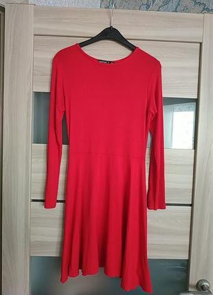 Легкое вискозное платье мини на невысокую девушку