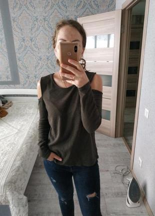 Красивая актуальная блуза кофта с открытыми плечами хлопок