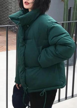 Короткая дутая куртка оверсайз