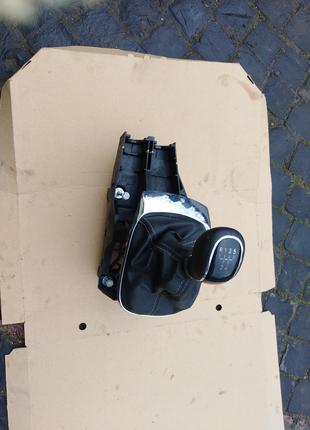Кулиса рычаг переключения МКПП Opel Mokka 55591407