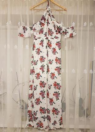 Летнее шифоновое платье с открытыми плечиками и оборками в цве...