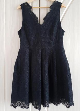 Кружевное, гипюровое платье h&m с золотистой молнией на спинке