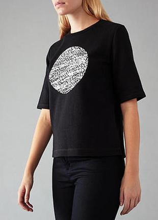 Стильная футболка худи джемпер numph чёрного цвета с белым кру...