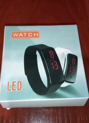 Продам LED часи