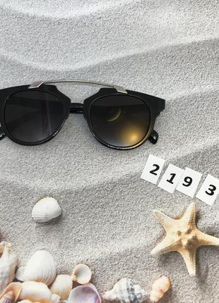 Стильные очки с черными линзами к. 2193