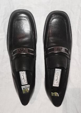 Лоферы  черные на каблуке с пряжкой квадратный закругленный носок